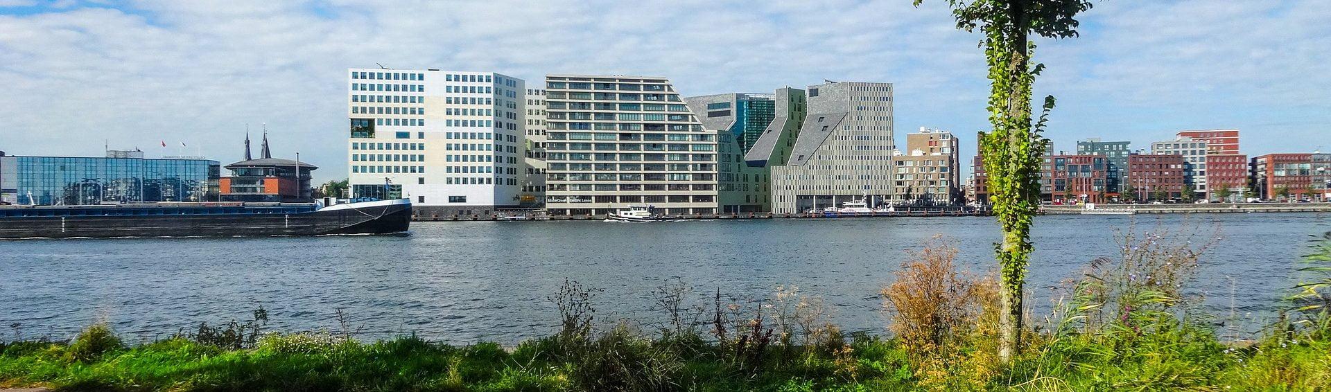 kantoren aan het ij in amsterdam